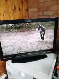 Toshiba flat screen TV 31 inch