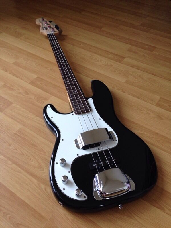 fender squier special precision bass left handed lefty bass guitar in leicester. Black Bedroom Furniture Sets. Home Design Ideas