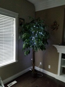 7 foot light up tree