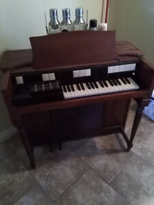 older organ for sale