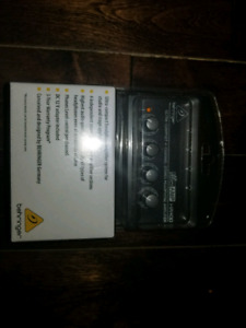 Behringer HA400 Ultra-Compact 4-Channel Stereo  Amplifier