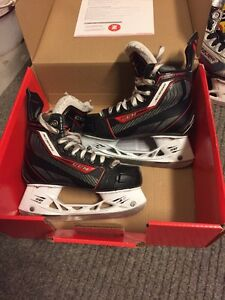 Kids Hockey Skates (3 pairs)