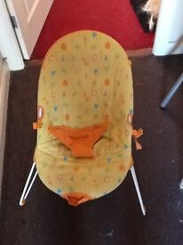 Mothercare - bouncy chair
