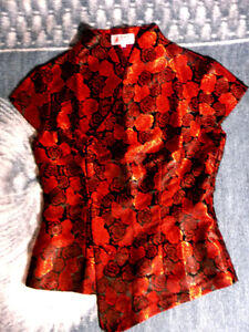 womens S red floral Chinese-style blouse