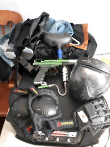 Spyder Victor Paintball Marker and gear
