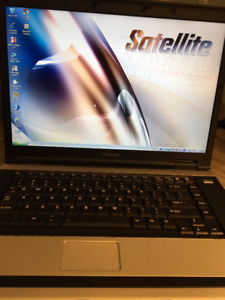 """Toshiba Satellite 15.6"""" laptop loaded with Microsoft Office!"""