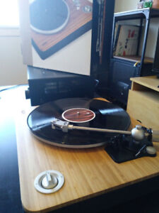 House of Marley Stir It Up Turntable/ Table tournante/ Vinyle
