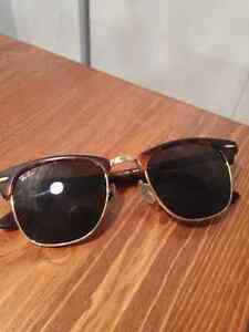 Raybans -authentic clubmaster style