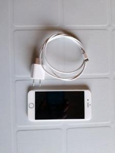 Unlocked iPhone 6S, 16g like new