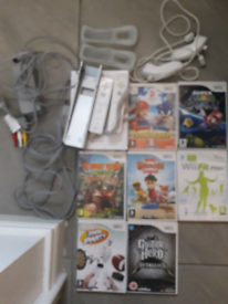 Wii console bundle white great condition