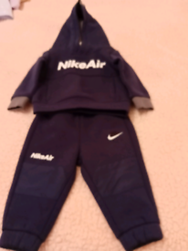 NEW NIKE AIR TRACK SUIT 6months