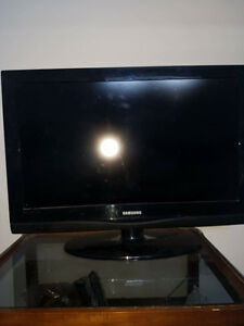 "GREAT DEAL FOR 32"" SAMSUNG FLAT SCREEN!!"