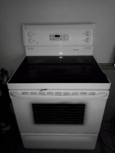 GE glass top convection oven range great condition