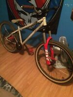 **Reduced *Mint Norco W/Rockshocks, Dirt Jumper / Mountain Bike