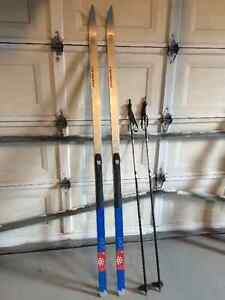 Karhu Cross Country Skis plus poles