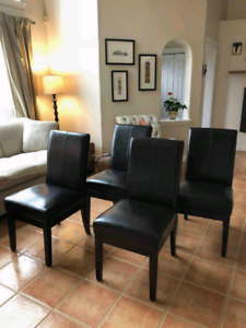 4 dining/kitchen chairs