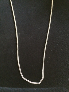 925 Sterling Silver Chain, cage pendant and oyster with pearl