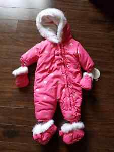 0-3 months snowsuit (new with tags)