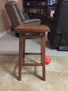 Plant stand / stool