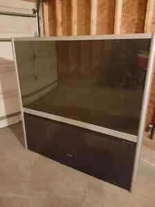 "65"" Toshiba projection tv"