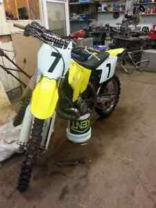 2003 rm250 fresh rebiled top and bottom & lots more
