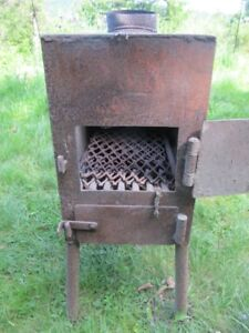 Very small wood stove  Tres petit poele a bois