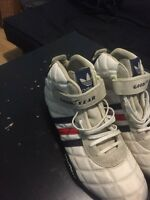 Adidas Good Year 60$ size 10
