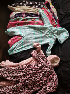 Girl fleece, 6-9 month onzies and snow suits.
