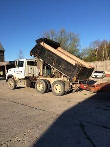 Tandem Dump / Truck Tractor