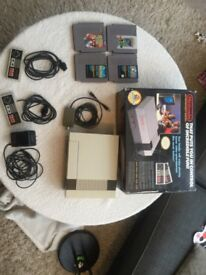 NES Nintendo Console Original(fully functional) 2 controllers, 4 games