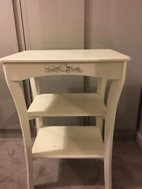 Reduced - Bed side table / table / desk