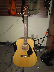 YAMAHA 6 String Acoustic Guitar With Case For Sale