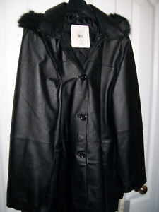 """Womens All Leather 3/4 Lenght Coat,""""NEW UNWORN"""""""