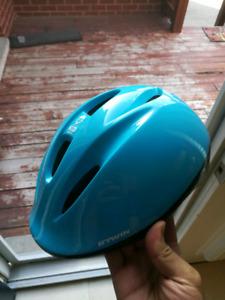 kid's helmet blue