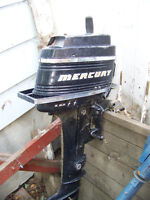 MERCURY 6 HP BOAT MOTOR WITH TANK.