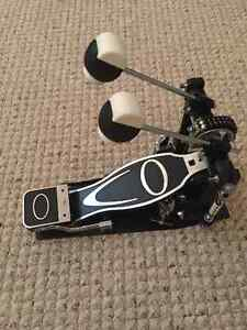 Cannon Double bass drum pedal