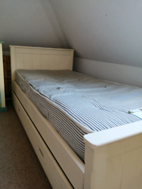 Single bed with truckle bed underneath