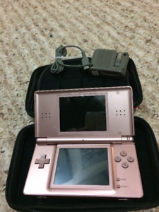 Nintendo DS Lite (with 6 games)