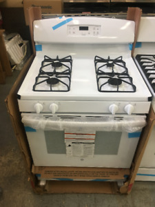 Perfect For Shipping Gas Stoves!! Brand New GE White