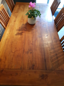 Teak table with 6 teak chairs