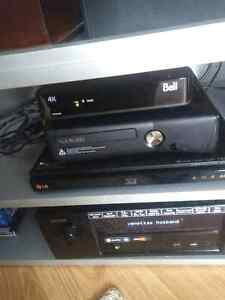 Black XBOX 360S with games and extras Kitchener / Waterloo Kitchener Area image 2
