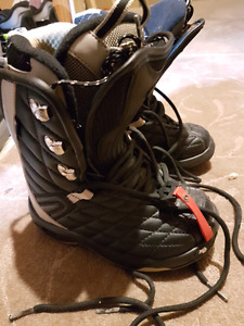 Snowboard boots - NorthWave Legend women's size 34  MP225