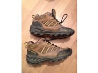 Merrele men's hiking boots size 7 euro size 41. Very good condition.