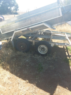 3 tonne electric tandem tipper trailer used with ramps Port Willunga Morphett Vale Area Preview