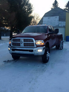 2011 Dodge Power Ram 3500 slt Pickup Truck