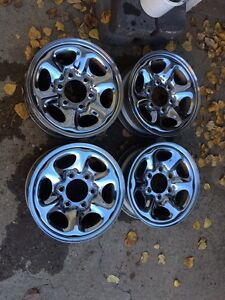 15 x 7 Chrome Rims (6 x 5.5 Bolt Pattern)