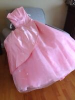 Thousand dollar prom dress for $100!