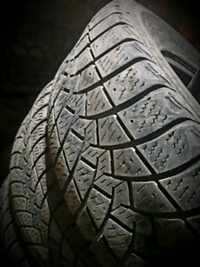 275/65/R18 GOODYEAR WINTER SNOW TIRES