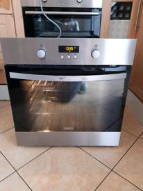 Zanussi Pyrolytic single electric oven 60cm