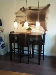 URBAN BARN Bar Height Dining Table and 4 leather seat chairs
